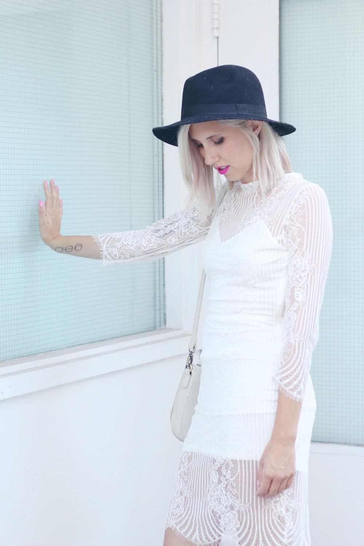whitelacedress3